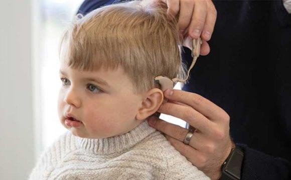 عمليات زراعة قوقعة الأذن (Cochlear implants)
